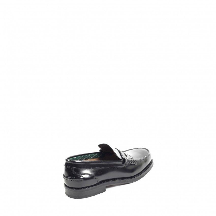 Sapatos YUCCA