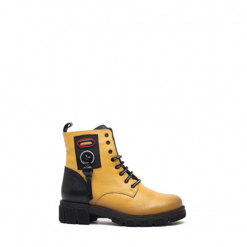 Boots CHARCA